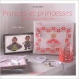 Livre princes et princesses à broder - 105