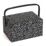 Boite à couture motif léopard