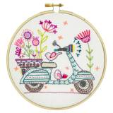 Balade à scooter - kit broderie - 215