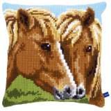 Coussin au point de croix chevaux - 4