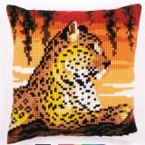 Coussin au point de croix léopard - 4