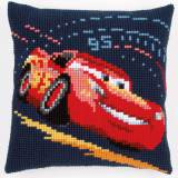 Coussin au point d croix wd cars lightning mcqueen - 4