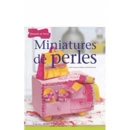 Livre miniatures en perles - 105