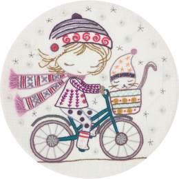 Kit à broder quand Salomé se promène à vélo - 215