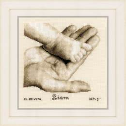 Kit au point compté pied de bébé sur main aida - 4