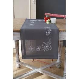 Chemin de table imprimé fleurs blanches - 4