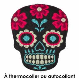 Thermocollant tête de mort 2,5 x 3,5 - 408