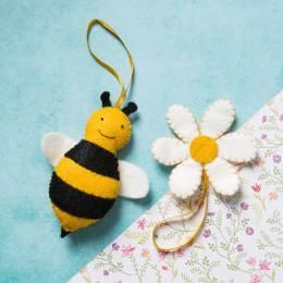 Mini kit feutrine l'abeille et sa fleur - 490